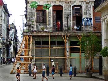 Cuba, llamada la joya del Caribe tiene sus casas en ruinas