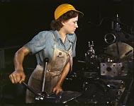 https://www.accionfamilia.org/images/mujer_trabajando.jpg