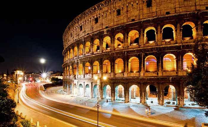 El Coliseo de noche: la elegancia de un monumento de la antigüedad