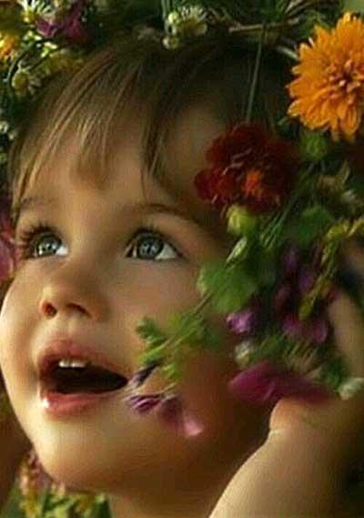 El niño no tiene dificultad en creer en lo que la fe nos enseña porque aspira a un mundo maravilloso más allá del que vemos