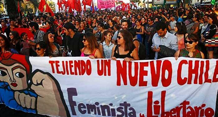 Comunismo y feminismo se dan la mano con el aborto