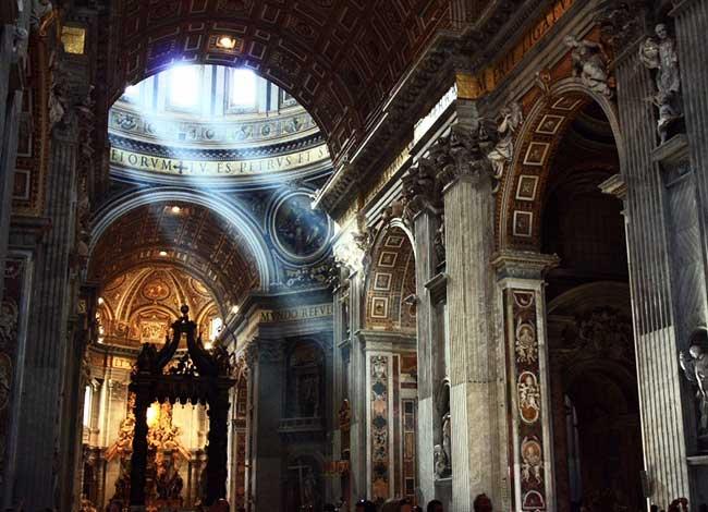 La Basílica de San Pedro en Roma, la magnificencia del culto católico