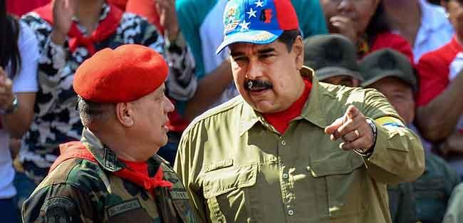 Diosdado Cabello, junto al presidente de Venezuela, Nicolás Maduro
