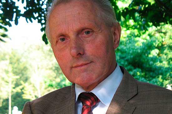 El psicólogo Gerard van-den-Aardweg