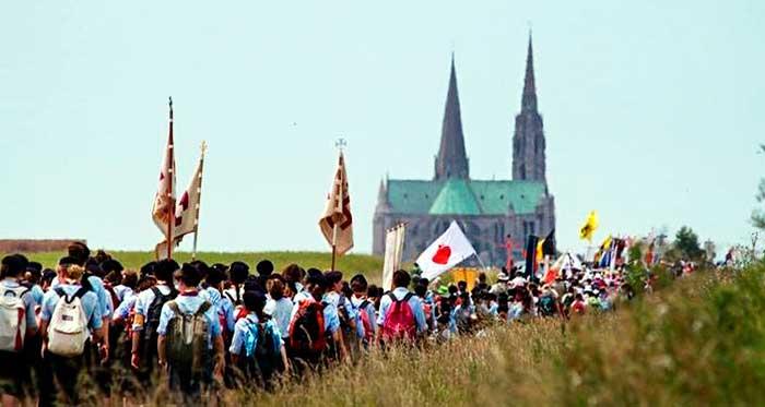 Peregrinación anual de jóvenes a Chartres