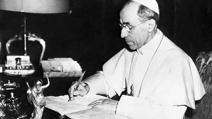 El Papa Pío XII condenó el falso ecumenismo