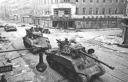 Milagro: las tropas soviéticas se retiran de Austria   Acción Familia - Acción Familia